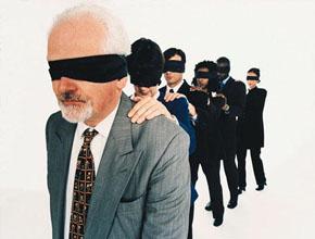 aa_s_15_blind_leading_ blind 290X220